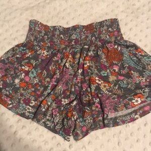 Mossimo Shorts in juniors size small